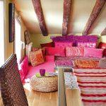 Спальные места на полу для востоной комнаты