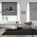 Бело-черные шторы День-ночь для минималистской гостиной