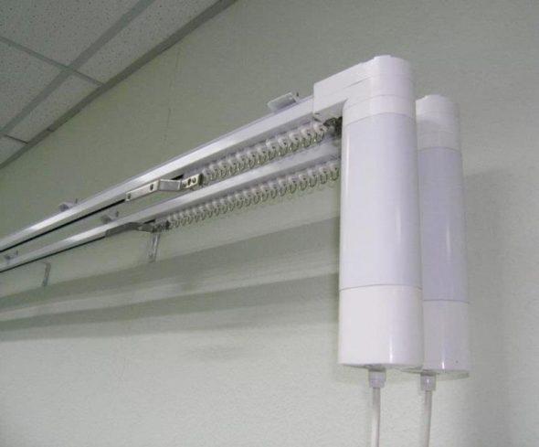 Электрокарниз для римских штор