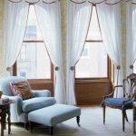 Гардины с подхватом на тройное окно