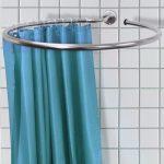 Карниз для ванной в виде незамкнутого круга