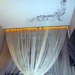 Карниз с подсветкой для натяжного потолка с завитками