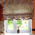 Кухонная римская штора с кисточками