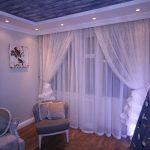 Легкие воздушные гардины для маленькой гостиной