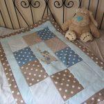 Одеяло для малыша в технике пэчворк
