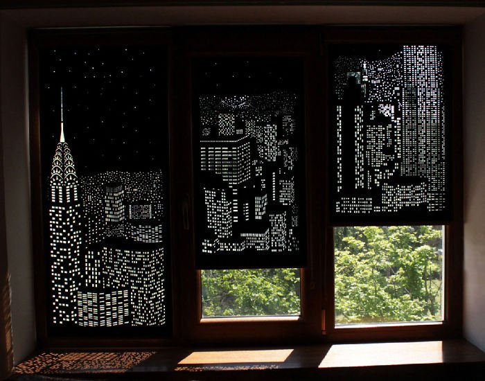 Трехстворчатое окно с рулонными шторами Нью Йорк
