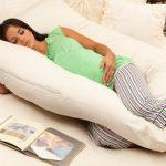 Анатомическая подушка позволяет спать на спине и на боку