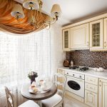 Белый тюль в интерьере кухни