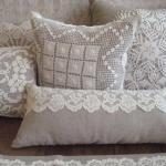Белые кружевные подушечки в стиле прованс