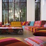 Большие напольные подушки для восточной гостиной