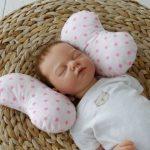 """Детская подушка для новорожденных """"Розовые звезды"""""""