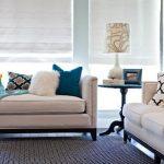 Диванные подушки разных видов для бежевого дивана