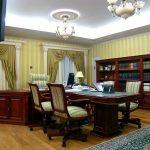 Подсветка потолка в кабинете руководителя