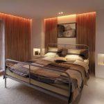 Двухспальная кровать на металлическом каркасе