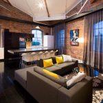 Кирпичные стены в гостиной стиля лофт