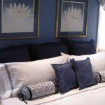Красивые и удобные подушки для кровати