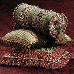 Красивые напольные подушки разной формы