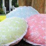 Круглые и квадратные подушки для пола с оборкой