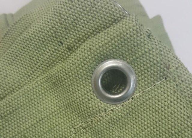 Зеленый брезентовый тент с люверсом круглого типа