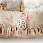 Нежная подушка в стиле прованс своими руками