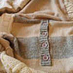Плед из старых свитеров и кофт - оригинально и просто
