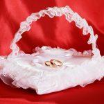 Подушечка-корзина для свадебных колец