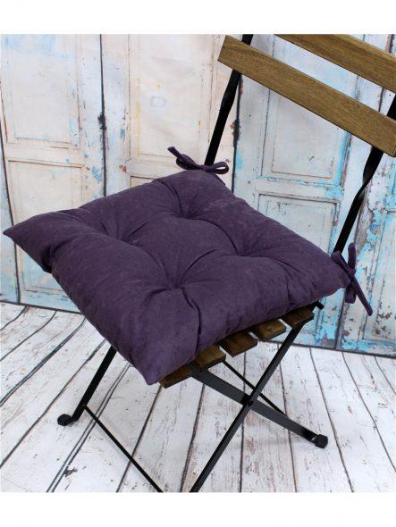 Мягкая фиолетовая подушка