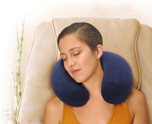Подушка-воротник для сна сидя
