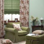 Подушки и шторы в одной цветовой гамме