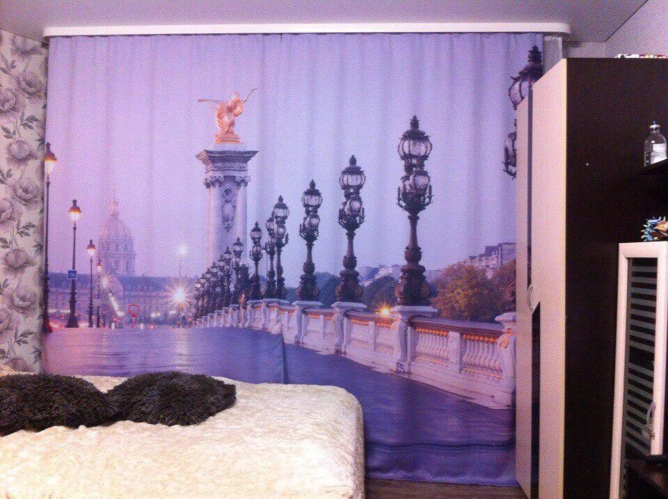 Фототюль с перспективой в интерьере компактной спальни