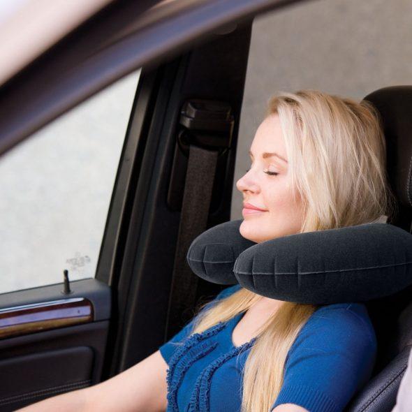 Удобная дорожная подушка