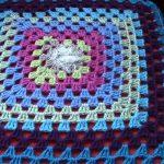Вязанная подушка-сидушка