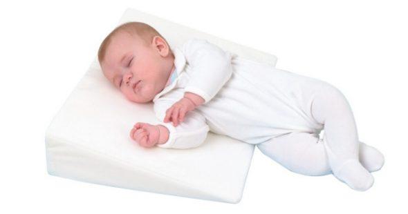 Подушка наклонная большая