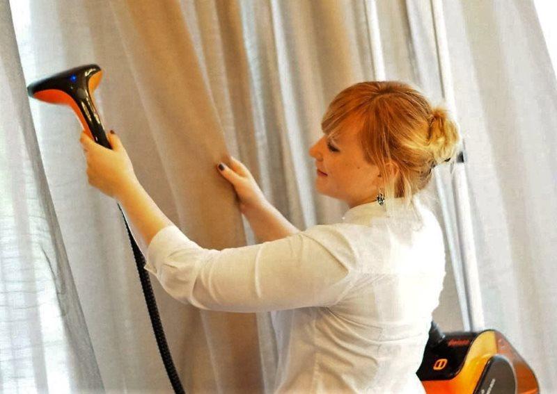 Сухая очистка домашних штор бытовым пылесосом