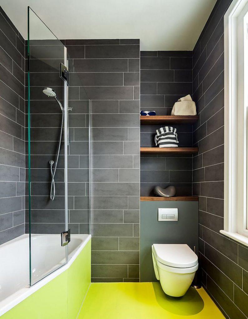 Комбинированная шторка на бортике акриловой ванны