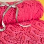 Розовый плед с рисунком Сердечки