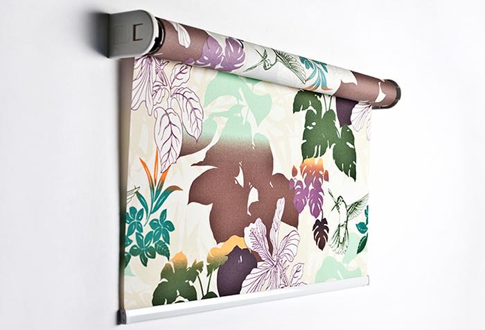 Рулонная штора открытого типа с рисунком