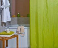 Однотонная шторка зеленого цвета
