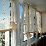 Вариант римских штор на липкой ленте