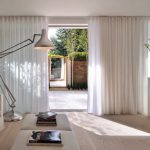 дизайн штор для зала минимализм
