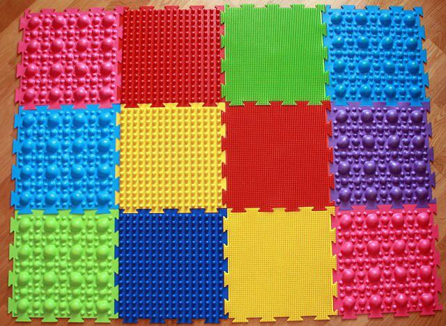 детский массажный коврик фото оформления