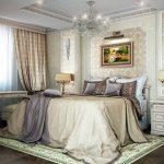Классическая спальня с ночными шторами