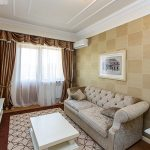 Классический диван прямой формы