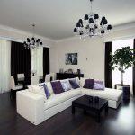 Белый диван на черном полу большой гостиной