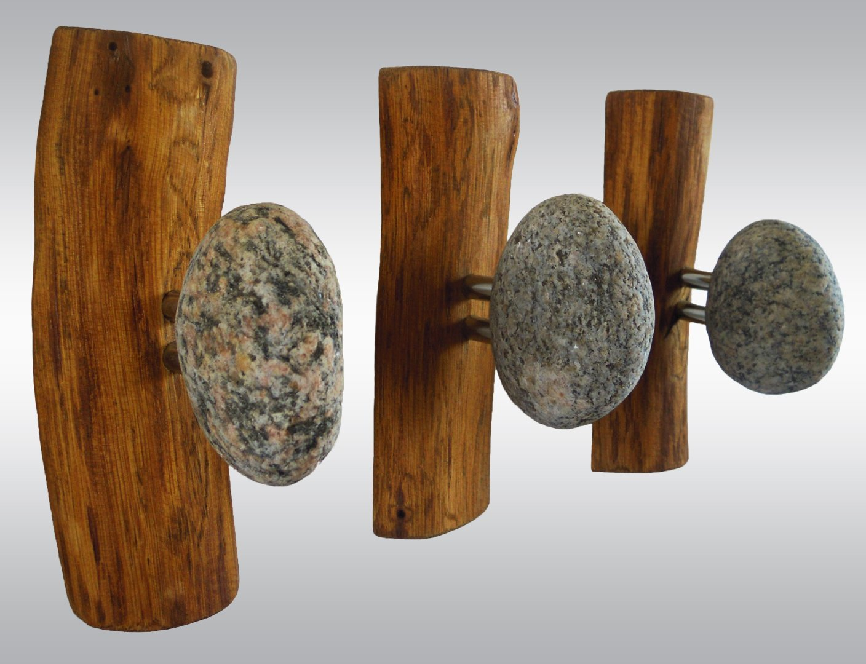 крючки из камней