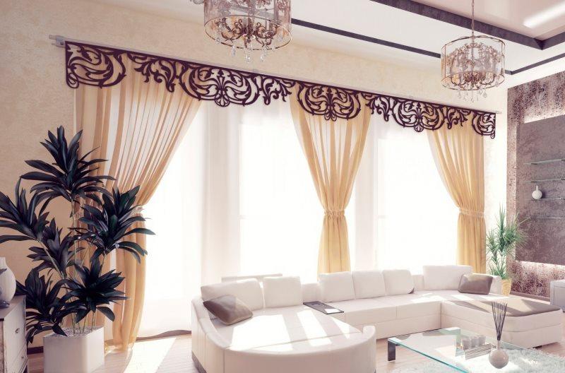 Бежевые шторы с ажурным ламбрекеном черного цвета
