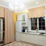 Оформление кухонного окна ламбрекеном без штор