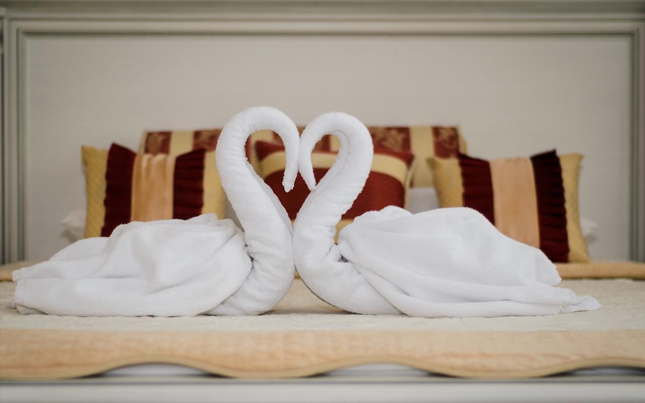 лебедь из полотенец фото