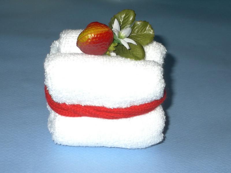 пирожное из полотенец