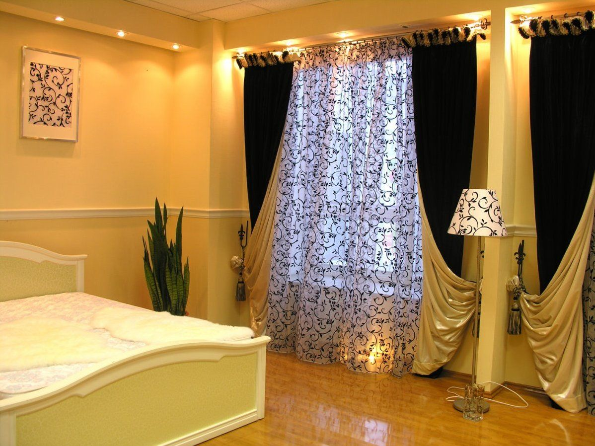 плотные шторы фото интерьера